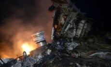 Ukrainas austrumos notriekta lidmašīna ar 295 cilvēkiem; ASV fiksējušas izšautu raķeti (teksta tiešraides arhīvs)