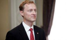 Latvijas vēstnieku ASV nepārsteidz Girgensona līderpozīcija NHL 'All Stars' balsojumā