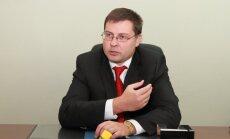Dombrovskis: Krievijas vēlēšanas un to atskaņas rāda 'zināmu demokrātijas deficītu'