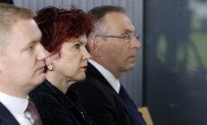 Solvita Āboltiņa pieļauj iespēju nolikt deputātes mandātu
