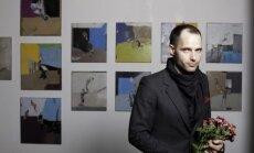 Foto: Galerijā 'Istaba' atklātas Mīlbreta '3 sienas'