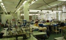 Februārī rūpniecības produkcijas izlaidē neliels kritums