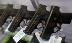 Krievijas iedzīvotājiem pašaizsardzības nolūkos ļaus nēsāt ieročus