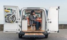 'Nissan' elektriskais mikroautobuss pārbūvēts kā mobilais birojs