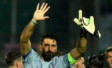 Italy s goalkeeper Gianluigi Buffon