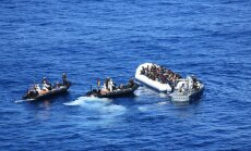 Lībija jūrā pārtvērusi laivas ar 850 migrantiem