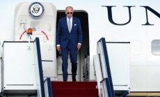 Autobraucēju bieds Baidens – iedzīvotāji spriež par ASV viceprezidenta vizīti Rīgā