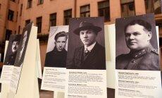 Foto: Stūra mājā atklāta izstāde komunistiskā terora upuru piemiņai