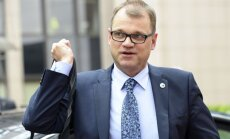 Somijas premjers pārdomā – savā lauku mājā bēgļus neuzņems