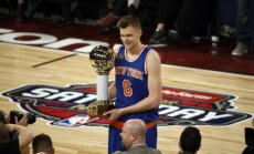 Porziņģis paliek pirmais aiz svītras balsojumā par NBA Zvaigžņu spēles sākumsastāviem