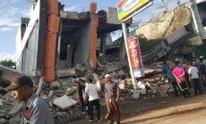 Indonēzijā pēc zemestrīces 45 000 cilvēku palikuši bez pajumtes