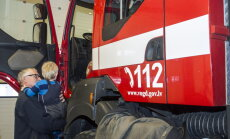 Degot atkritumiem, Daugavpilī cieš 53 gadus vecs vīrietis