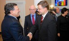 Latvija ir spīdošs piemērs krīzes pārvarēšanā, norāda ES līderi