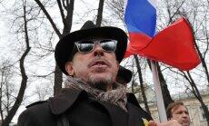 Pugačova un bijušais Putina konkurents pievienojas aicinājumam pārtraukt Makarēviča vajāšanu