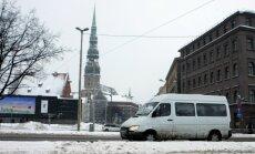 'Rīgas satiksmei' atkal aizliedz turpināt iepirkumu par mikroautobusu pakalpojumiem Rīgā
