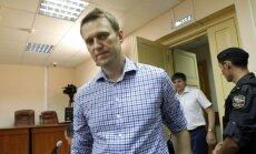 Krievijas prokuratūra pārsūdz lēmumu opozicionāra Navaļnija lietā un daļēji bloķē viņa mājaslapu