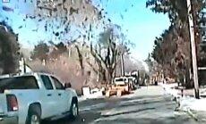 Video: Dabasgāzes noplūdes dēļ uzsprāgst māja ASV