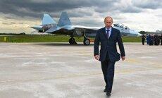 Putins devis rīkojumu atvilkt spēkus no Ukrainas robežas, vēsta Kremlis