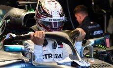 Pirms sezonas plaši apspriestais 'halo' Austrālijas 'Grand Prix' pilotiem netraucēja