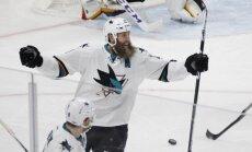 Plikiņi, bārdaini NHL hokejisti nofotografējušies populāram sporta žurnālam