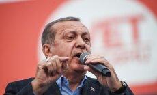 Эрдоган назвал самоубийством Германии запрет на его выступление в Гамбурге