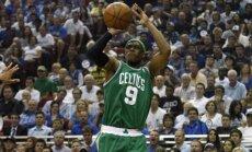'Celtics' gūst trešo uzvaru sērijā pret Ņujorkas 'Knicks'