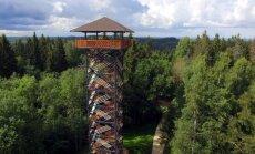 Dēliņkalnā svinīgi atklāts jaunais skatu tornis apkārtnes vērošanai