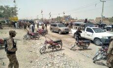 Pie vēlēšanu iecirkņa Pakistānā noticis sprādziens, nogalināti vismaz 28 cilvēki
