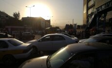 'Delfi' Kabulā: Vara tam, kuram zieģelis vai kalašņikovs