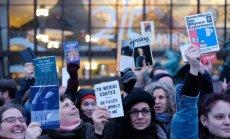 Leipcigas grāmatu tirgus sācies ar protestiem pret labējo izdevniecību dalību