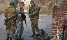 Pie Kramatorskas izcēlusies kauja starp Ukrainas karavīriem un kaujinieku grupu