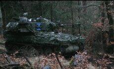 Video: Latvijas bruņumašīnas un mediķi mācībās Vācijas tumšajos mežos