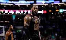 Lebrons Džeimss ieved 'Cavaliers' ceturtajā NBA finālā pēc kārtas