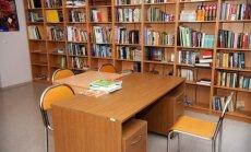 Valdība lems vai turpināt atbalstīt bezmaksas interneta lietošanu bibliotēkās