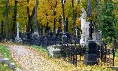 От 3 до 500 евро: цена места на кладбище в разных самоуправлениях значительно отличаются