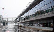 """Аэропорт """"Рига"""" о скандале с хиджабом: посла Эмиратов попросили лишь снять пальто"""