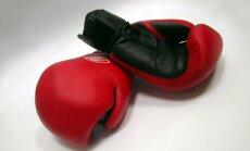 Bijušais pasaules boksa čempions nokautē pretinieku 76 sekunžu laikā