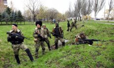 Noklausītā telefonsarunā Krievijas diversantiem dod rīkojumu atbruņot Ukrainas karavīrus