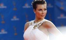 ФОТО: Папарацци заглянули под юбку Ким Кардашьян