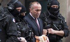 Atbrīvots par kara noziegumiem aizdomās turētais bijušais Kosovas premjers Haradinajs