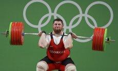 В тяжелой атлетике — мировой рекорд, велотрекист Кенни — шестикратный чемпион