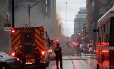 Foto: Toronto centrā nogrand ugunsgrēka izraisīti sprādzieni