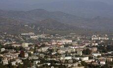 Kaujas Kalnu Karabahā: Azerbaidžāna un Armēnija apsūdz viena otru