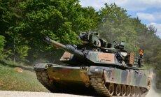 ФОТО: Военнослужащие танковой бригады США прибывают в Европу