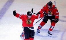 'Blackhawks' kļūst par Daugaviņa 'Bruins' pretiniekiem Stenlija kausa finālā