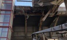 Pašvaldība izskata trīs variantus Vanšu tilta nobrukušo konstrukciju labošanai