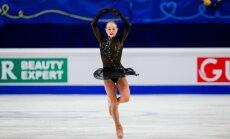 Latvijas slidotājas Kučvaļska un Ņikitina TOP10 pēc īsās programmas junioru pasaules čempionātā