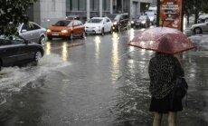 Синоптики: в субботу ожидается жаркий день с ливнями и грозами