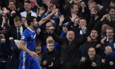 'Chelsea' futbolisti nonāk uzvaras attālumā no premjerlīgas čempionu titula