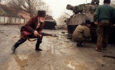 'Tā bija elle zemes virsū': pirms 20 gadiem sākās Pirmais Čečenijas karš